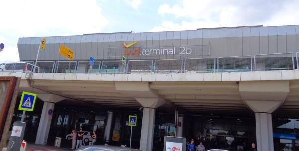 Budapest Flughafen Ankunft